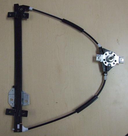 Купить Стеклоподъёмник двери L пер на Фольксваген Гольф  в магазине «Скорпио»